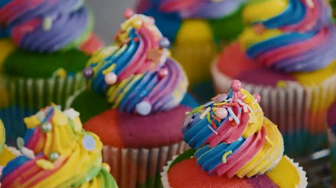 How to make The Australian Women's Weekly Barbie rainbow cupcakes