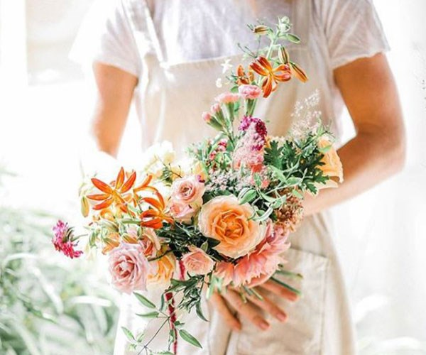The BEST flowers for delivery this Mother's Day recommended by one of Australia's most popular florists