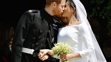 Prince Harry and Meghan Markle's first kiss is like something out of a movie