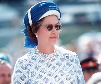 Queen Elizabeth in sunglasses