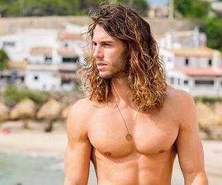 Love Island's Elias has been eliminated