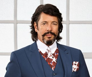"House Rules Judge Laurence Llewelyn-Bowen would love to see more of ""lippy"" Perth mum Chiara"