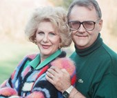 Harold and Madge Bishop just shared a hilarious reunion talking Kylie Minogue and behind the scenes secrets