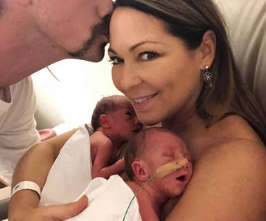 Congratulations! Tania Zaetta gives birth to twins at 48