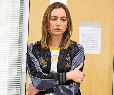 Neighbours: Piper's pregnancy shock