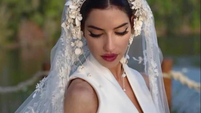 """Lisa Origliasso from The Veronicas shares a more """"personal"""" look into her wedding weekend"""