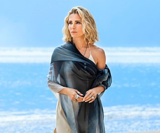 "Elsa Pataky opens up about her new series Tidelands: ""This role has brought Chris and I closer together"""