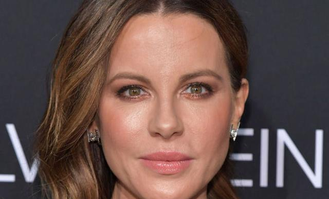 Kate Beckinsale foreskin facial