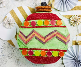 3 ways to use a store-bought mud cake this Christmas