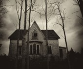 "The terrifying true story behind a haunted house: ""I thought it was a nightmare, but it was all real"""