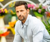 STOP EVERYTHING: Tim Robards is returning to Ramsay Street on Neighbours