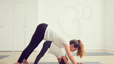 The 6 benefits of yoga for your kids and family