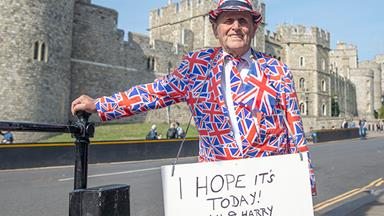 Royal baby watch is well and truly on: Check out the most dedicated fans waiting for Baby Sussex
