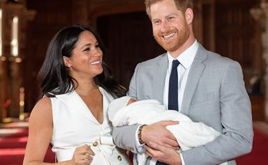 """""""Absolute icon!"""" Mums praise Meghan Markle for proudly showing off her gorgeous post-partum figure"""