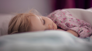5 tips to get your toddler to sleep-in