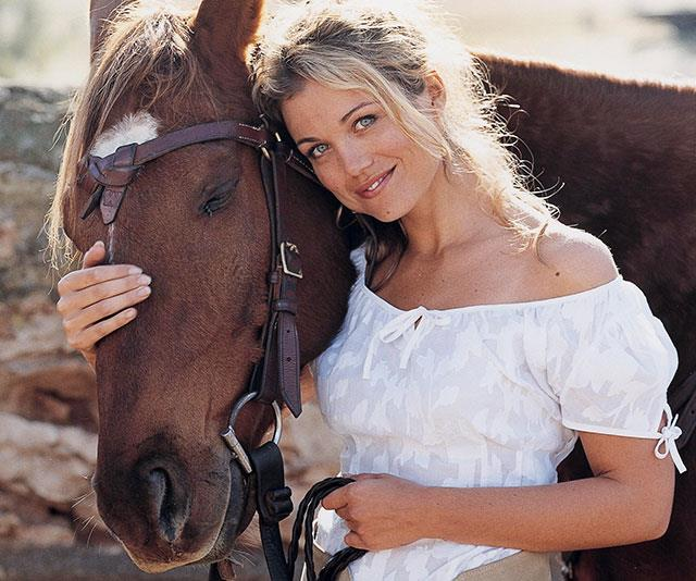 McLeod's Daughters star Bridie Carter spills on her blissful marriage and family life