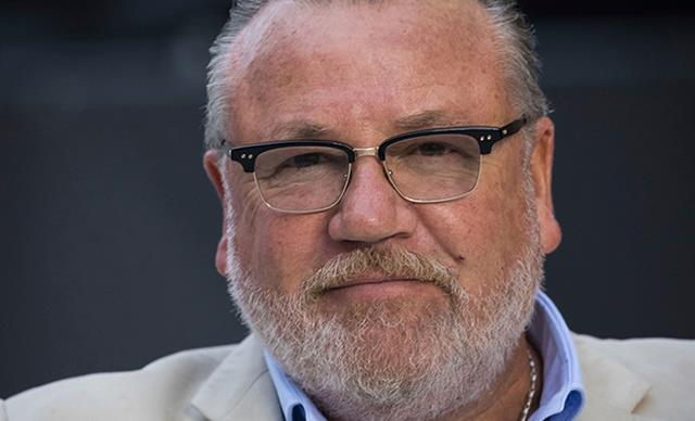 Ray Winstone confirmed to star in Marvel's Black Widow