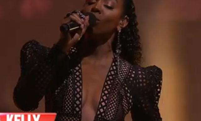 Why Kelly Rowland's grand finale dress has The Voice fans doing a double take