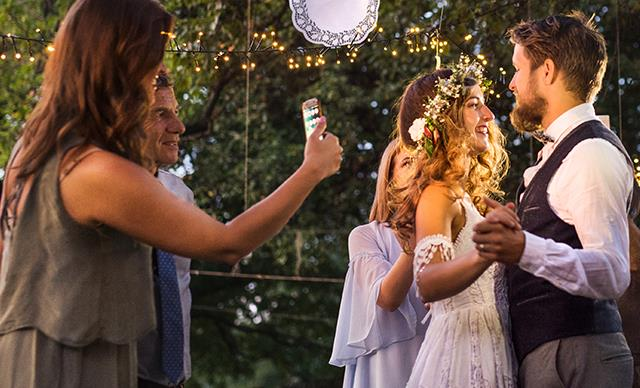 Should we take photos with our phones at weddings? This photographer says no