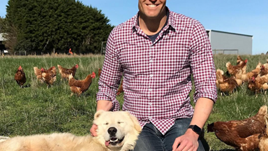 """""""Pets brighten our world"""": Dr Chris Brown talks pets and health"""