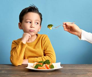 10 fool-proof tips to fix a fussy eater