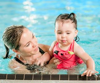 The benefits of baby swim lessons and the effects of chlorine on their skin