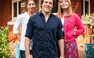 Stop everything! Network 10 just confirmed Five Bedrooms will return for season two