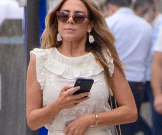 The real reason Kate Ritchie's still wearing her ring amid marriage woes