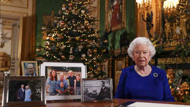 """The Queen addresses her """"bumpy"""" year in her 2019 Christmas speech"""