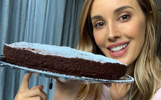 Rebecca Judd's super easy five ingredient flourless chocolate cake recipe
