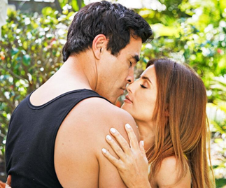 Home And Away proposal! Justin pops the question to Leah