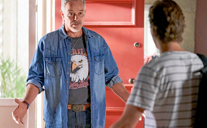 """""""I'm your father"""": Home And Away's Evan confesses to Ryder - but what else is he hiding?"""