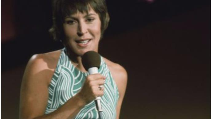 """Iconic """"I Am Woman"""" singer Helen Reddy has died at the age of 78"""