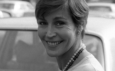 """Iconic """"I Am Woman"""" singer Helen Reddy has sadly died at the age of 78"""
