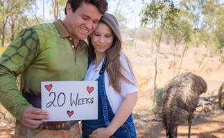 """""""The love I have for our beautiful daughter is boundless"""": Bindi Irwin reaches a very exciting pregnancy milestone"""