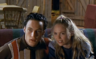 EXCLUSIVE: Heartbreak High's Lara Cox spills on the original series, featuring in the reboot and her Home And Away stint