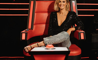 An unaired behind-the-scenes moment with Delta Goodrem on The Voice left one singer completely stunned