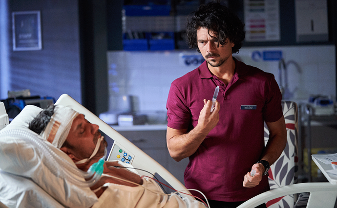 Home And Away's Lewis prepares to fatally jab Ari, will Dr Christian discover his plot before it's too late?