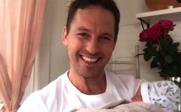 Studio 10 host Tristan MacManus has welcomed his third child with wife Tahyna Tozzi