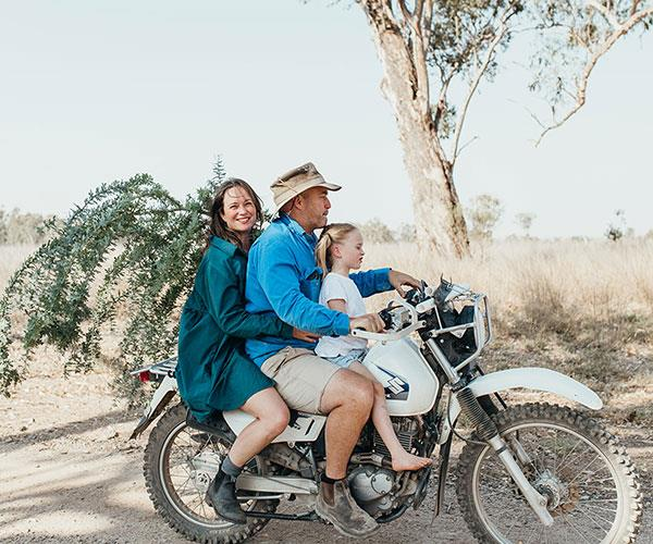 From city slicker to a life on the land: This is what happened when reporter Annabelle Hickson packed up her life and moved to a farm in remote NSW
