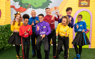EXCLUSIVE: Insider claims the new Wiggles members are embroiled in a salary war with the originals