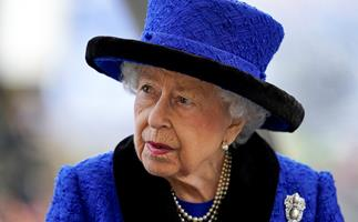 """The Queen 'reluctantly' cancels trip after doctors order her to rest for a few days, but experts say it's """"no cause for concern"""""""