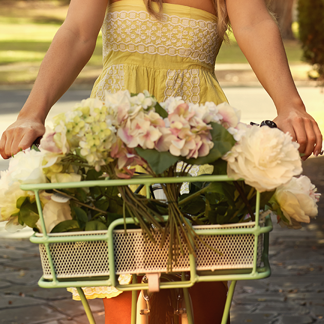 Save On Wedding Flowers: Five Ways To Save On Wedding Flowers
