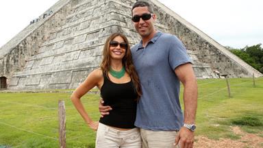 Sofia Vergara slaps fiancé with a $10 million prenup