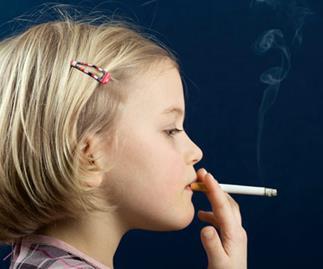 A child passive smoking