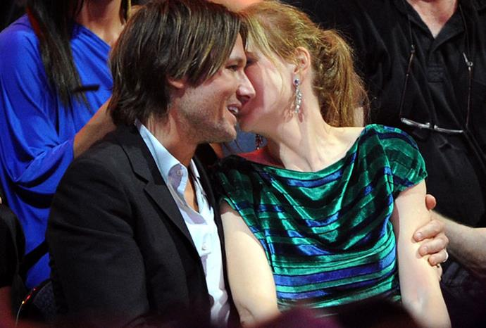 Sharing secrets at the 2011 CMT Music Awards.