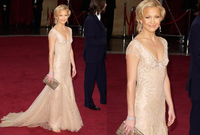 Kate Hudson's 2003 Donatella Versace gown made from 14 carat gold.
