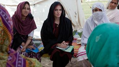 Angelina Jolie visits Pakistan