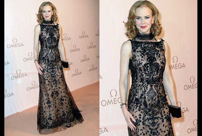Nicole is all class in this Oscar de la Renta Fall 2013 black beaded gown.