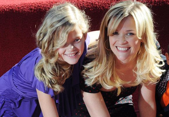 Reese Witherspoon and her daughter Ava share the same striking smile.